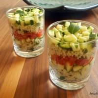 Bunter Schichtsalat im Glas