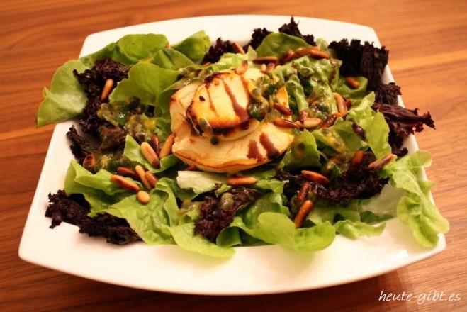 insalata estiva con formaggio di capra gratinato