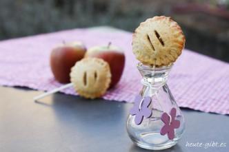 Apple-Pie-Pops