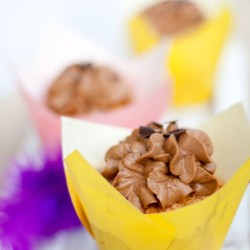 Cupcakes mit Amaretto-Topping
