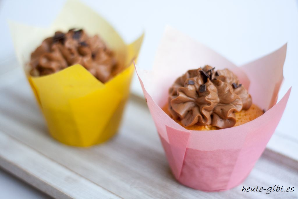 Eierlikör-Amaretto-Cupcakes