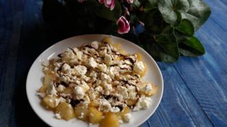 Pfirsich-Feta-Salat