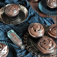 Rotwein-Schokoladen-Cupcakes