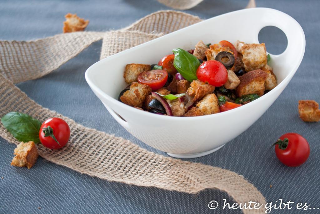 Panzanella croccante Salat