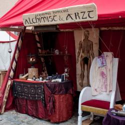 Alchemist Arzt Mittelalter