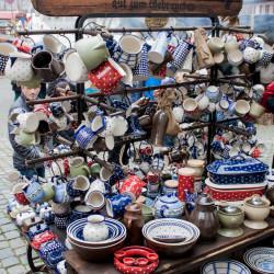 Thonwaren medieval market