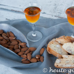 Italian almond biscuits Cantuccini