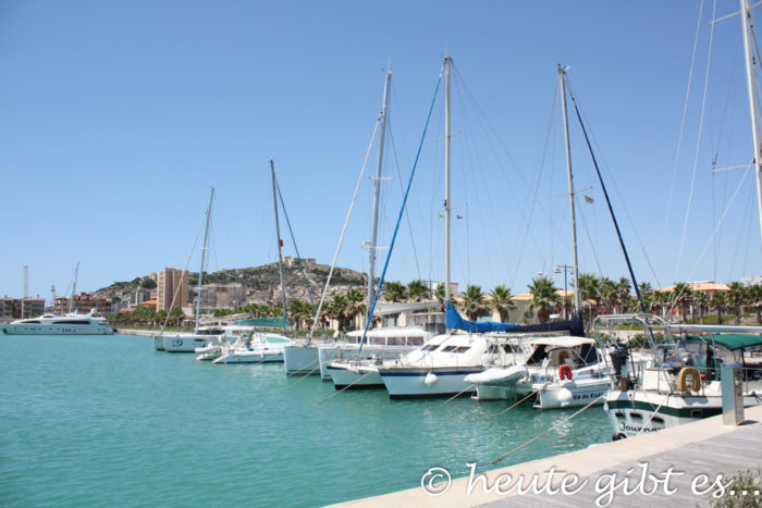 Sizilien: Hafen Licata