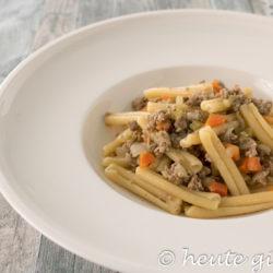 """Pasta al ragù bianco - das Rezept für die Variante des italienischen Klassikers """"Ragù alla bolognese"""""""