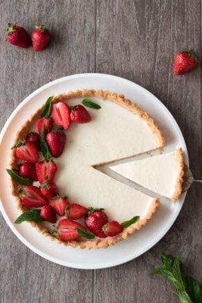 Recipe for a delicious panna cotta tart. A modern twist on the Italian classic. A great dessert.