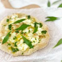 Pizza bianca mit Bärlauch