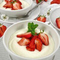 erdbeeren und griesscreme nach omas rezept